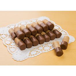 Waffelröllchen mit Vollmilch-Schokolade