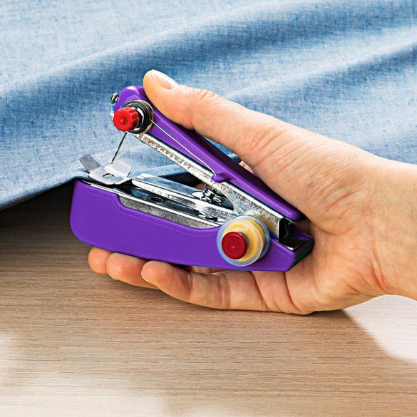 Hand-Nähmaschine lila