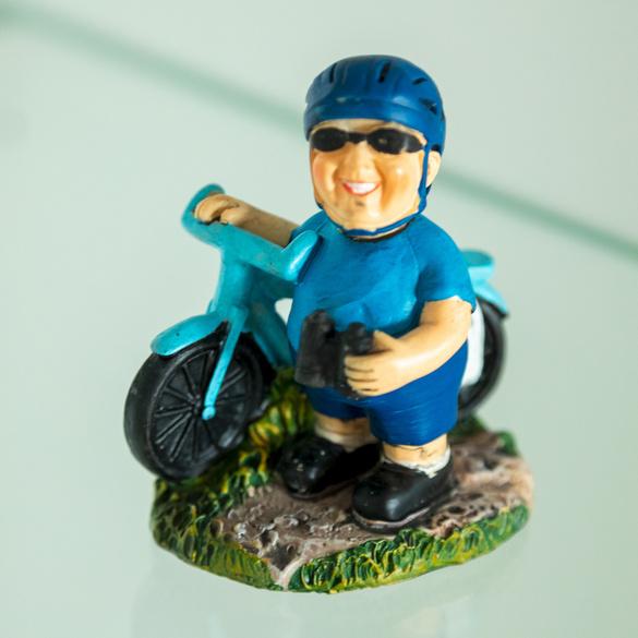 Deko-Tourist mit Fahrrad