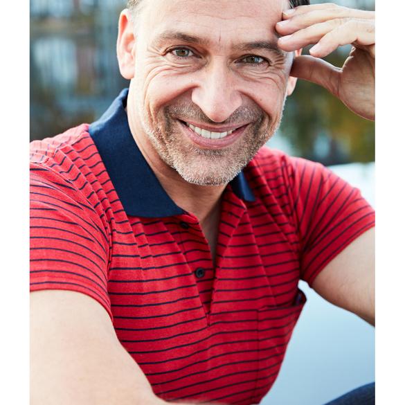 Poloshirt rot-blau gestreift