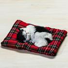 Deko-Kätzchen schlafend